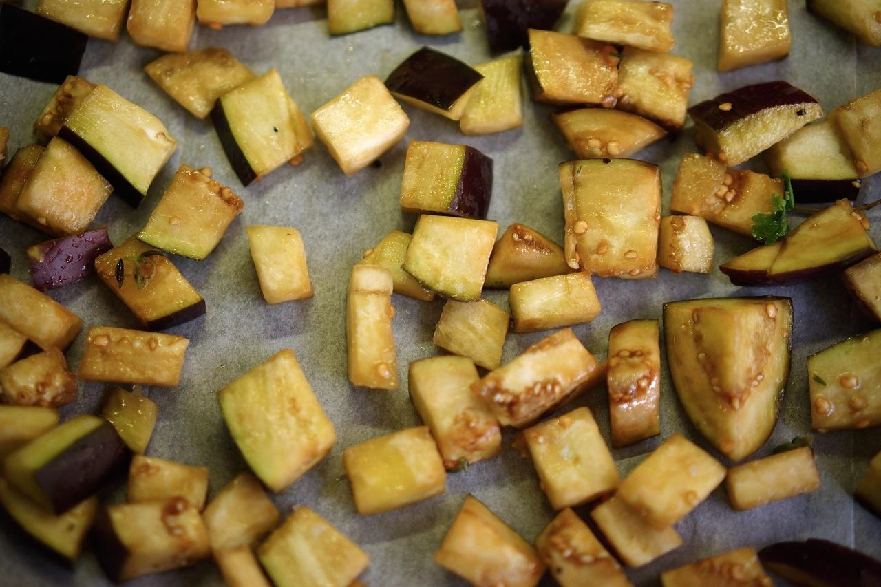 סלט עדשים עם גזר וחציל קלוי - גבישס. בלוג האוכל של מירב גביש