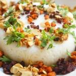 אורז מגונדר בסגול וכתום