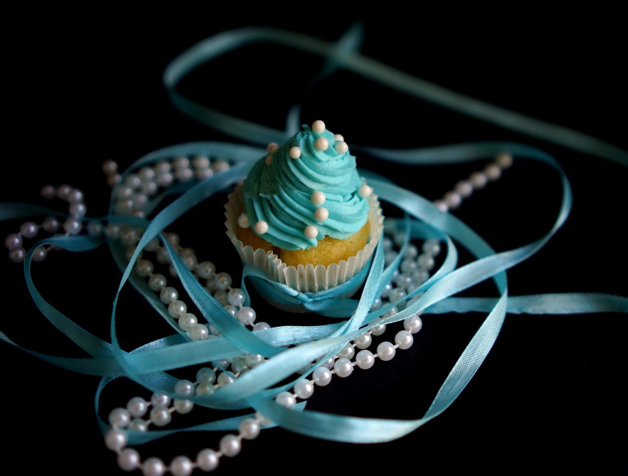 משלוח מנות בתחפושת - אודרי הפבורן, גבישס -בלוג האוכל של מירב גביש