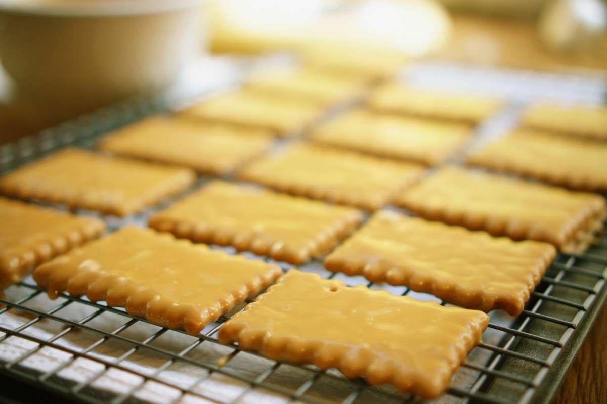 קסטה קרמל ברוטב מחשמל, גבישס - בלוג האוכל של מירב גביש
