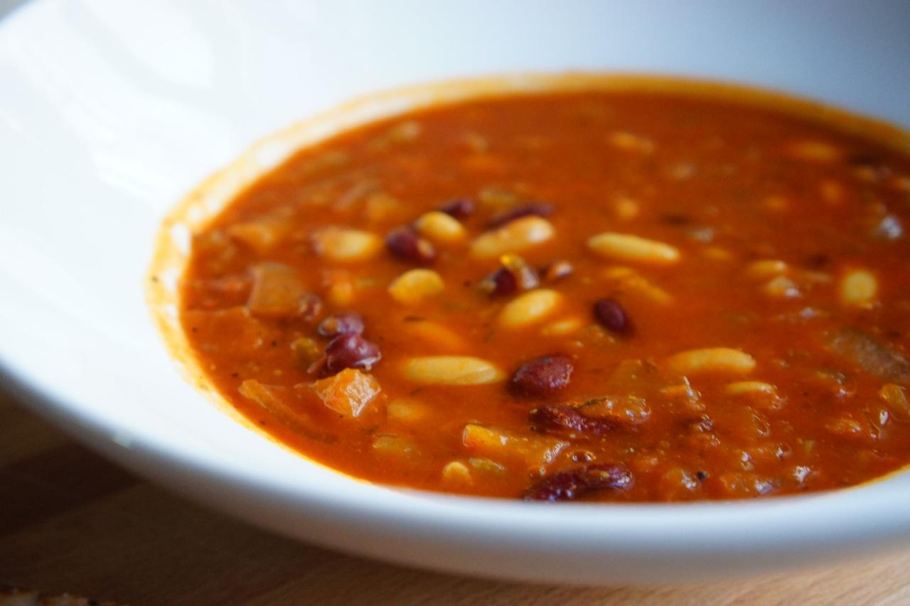 מרק שעועית - גבישס, בלוג האוכל של מירב גביש