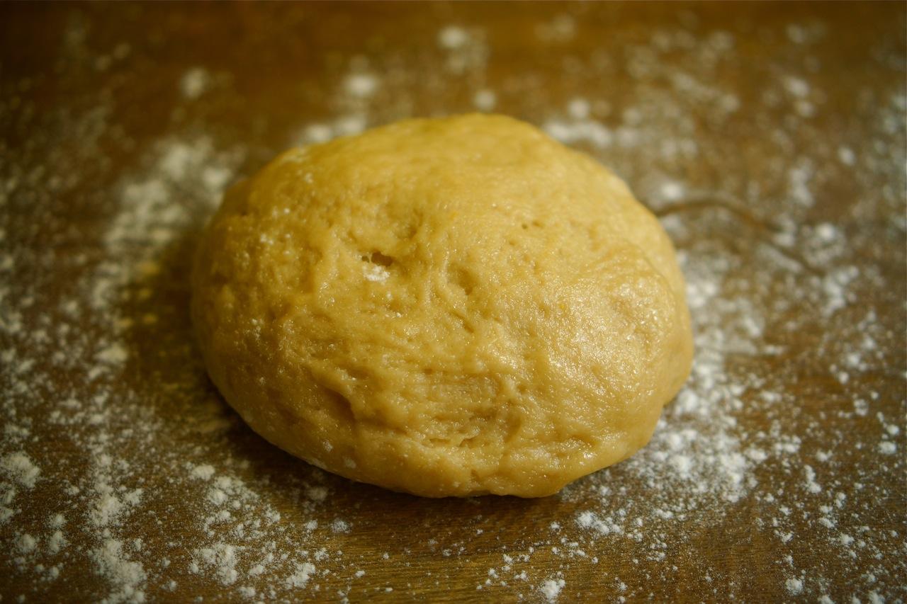 כדורי בצק 'יויו' מטוגנים, בסירופ מפתיע , גבישס -בלוג האוכל של מירב גביש